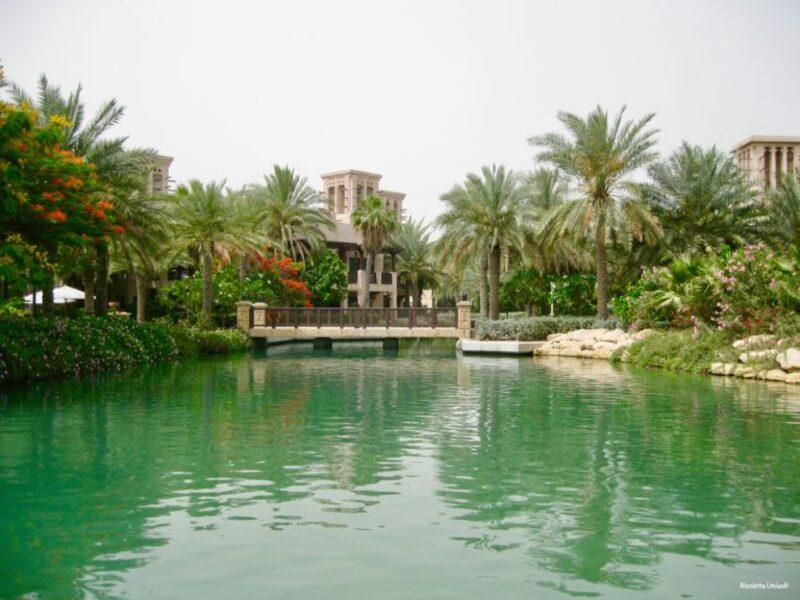 Al Qsar navigable canals