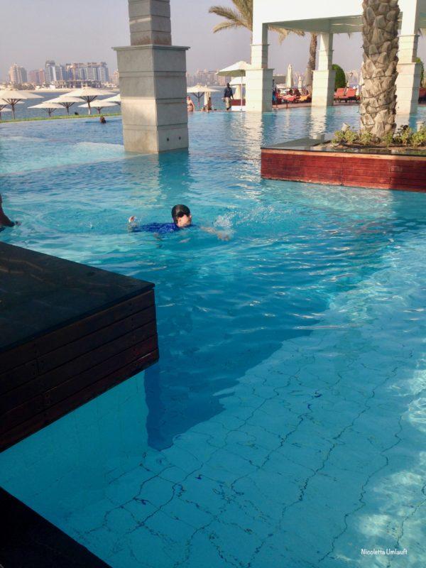Infinity pool Zabeel Saray