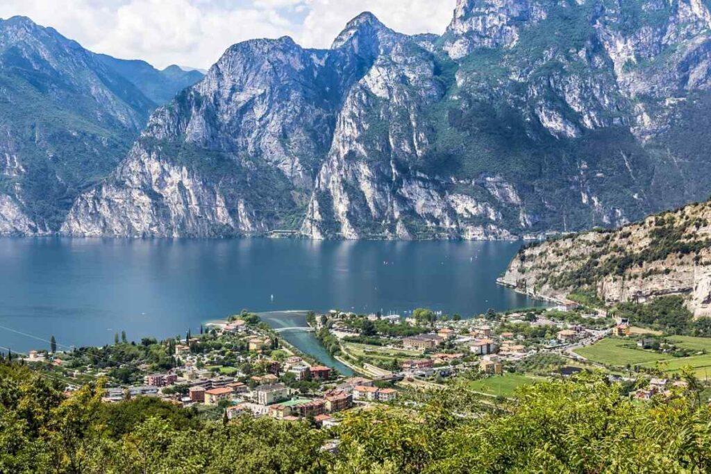 Where to sleep on Garda Lake